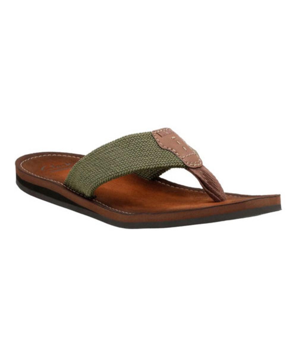 0bf8dfd57284 Clarks Men s Lacono Beach Thong Sandal in Green for Men - Lyst