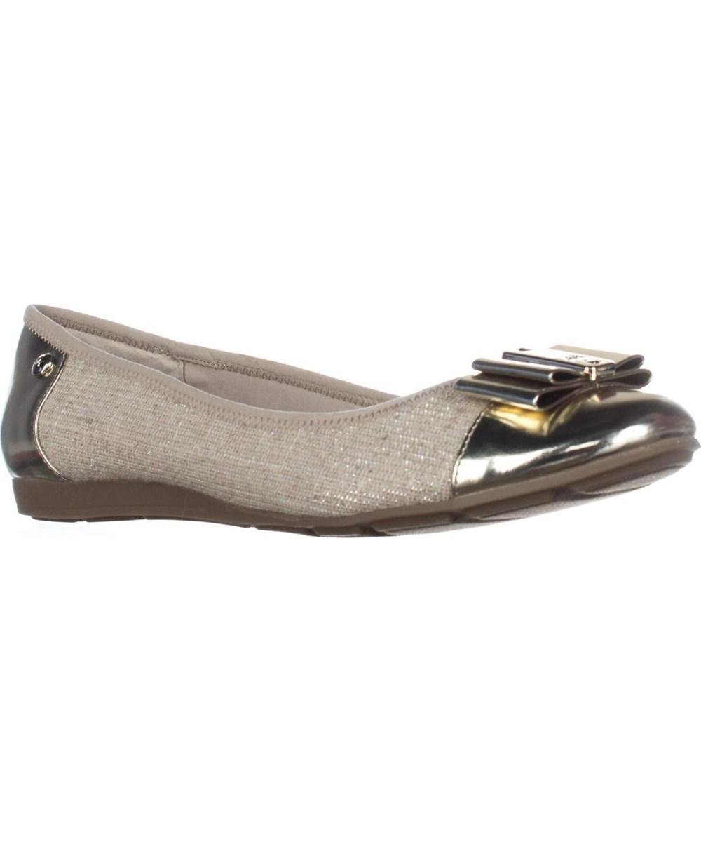 Lyst Anne Klein Aricia Ballet Bow Toe Ballet Aricia Flats, Natural gold Multi in ... e06aff