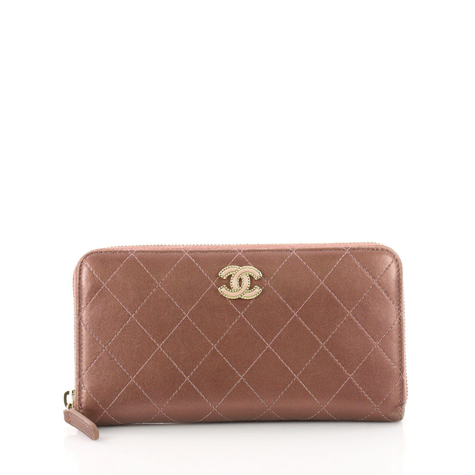 5d775a62844f Chanel. Women s Pre Owned Zip Around Wallet Quilted Lambskin Long
