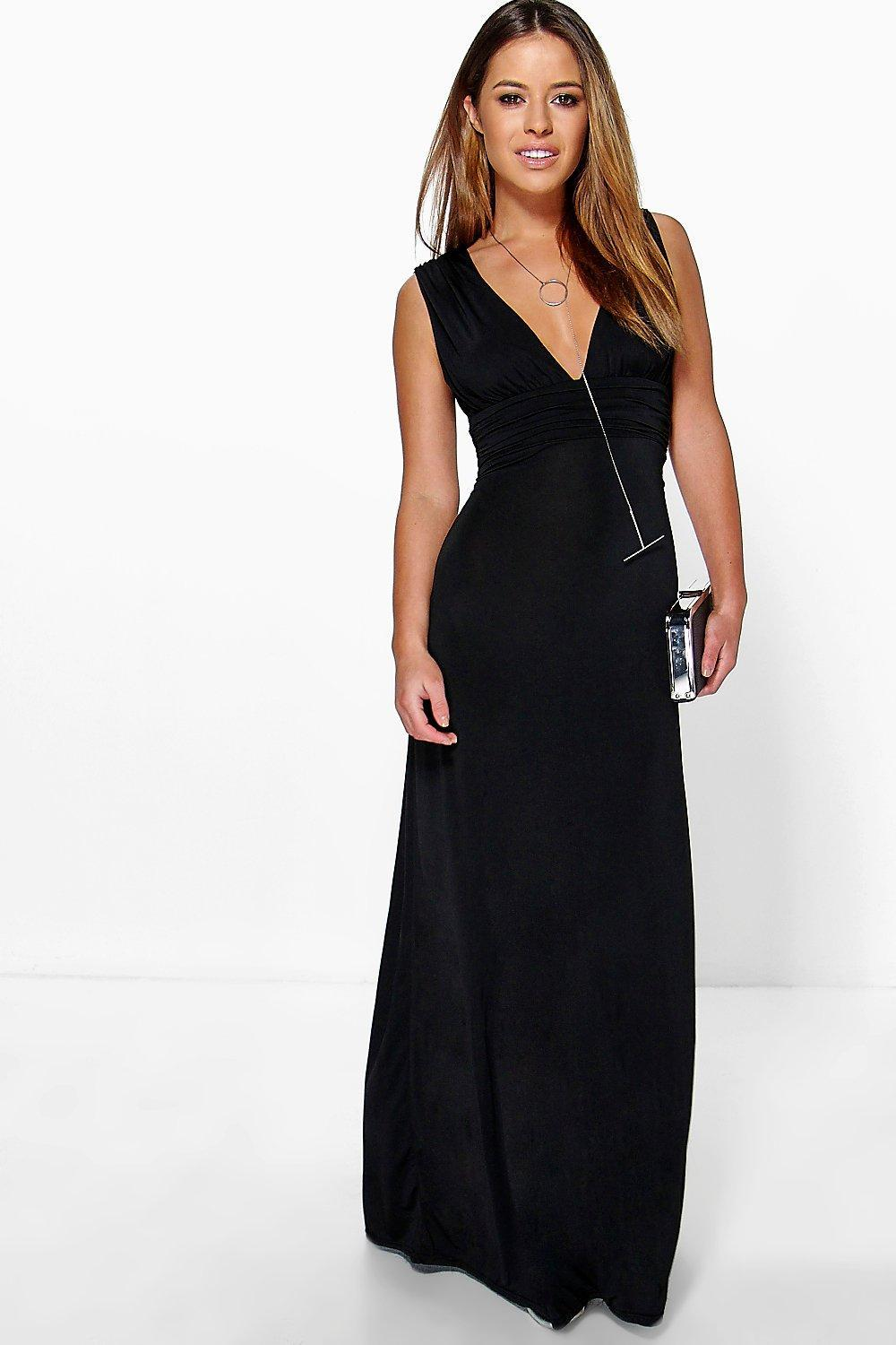 85d8057d551d9 Lyst - Boohoo Petite Plunge Ruched Maxi Dress in Black