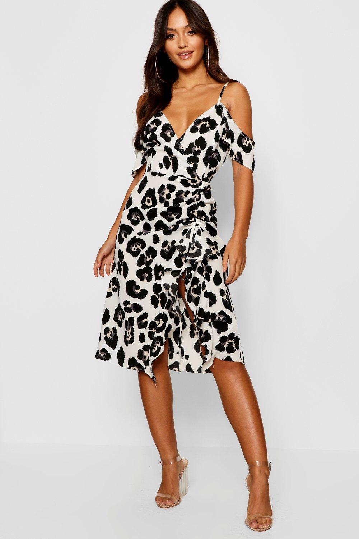73b1f095a5b2 Boohoo Petite Oversized Leopard Cold Shoulder Ruffle Hem Midi Dress ...