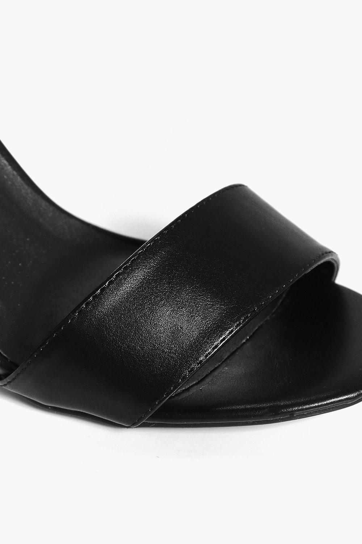 28ffa60906f7 Lyst - Boohoo Mollie Gold Plate Block Heel Two Part in Black