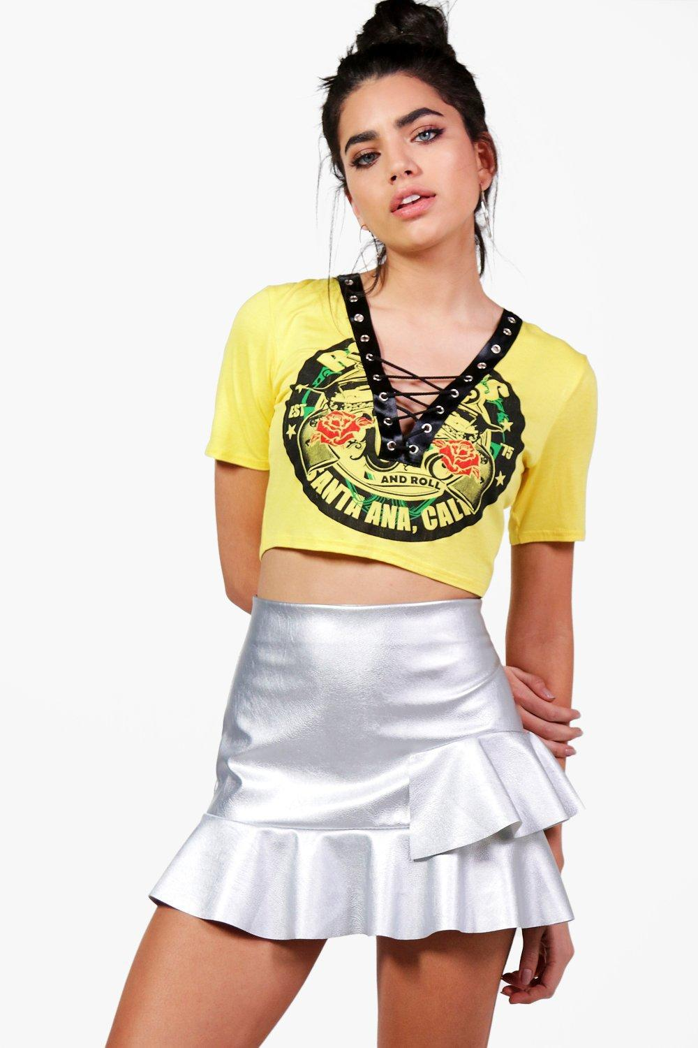 933951362f5106 Boohoo Eliza Lace Up Band Crop Top in Yellow - Lyst