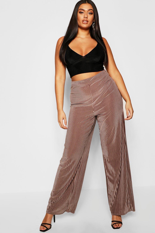 91a25b0166ac4 Lyst - Boohoo Plus Stripe Velvet Wide Leg Trouser in Brown
