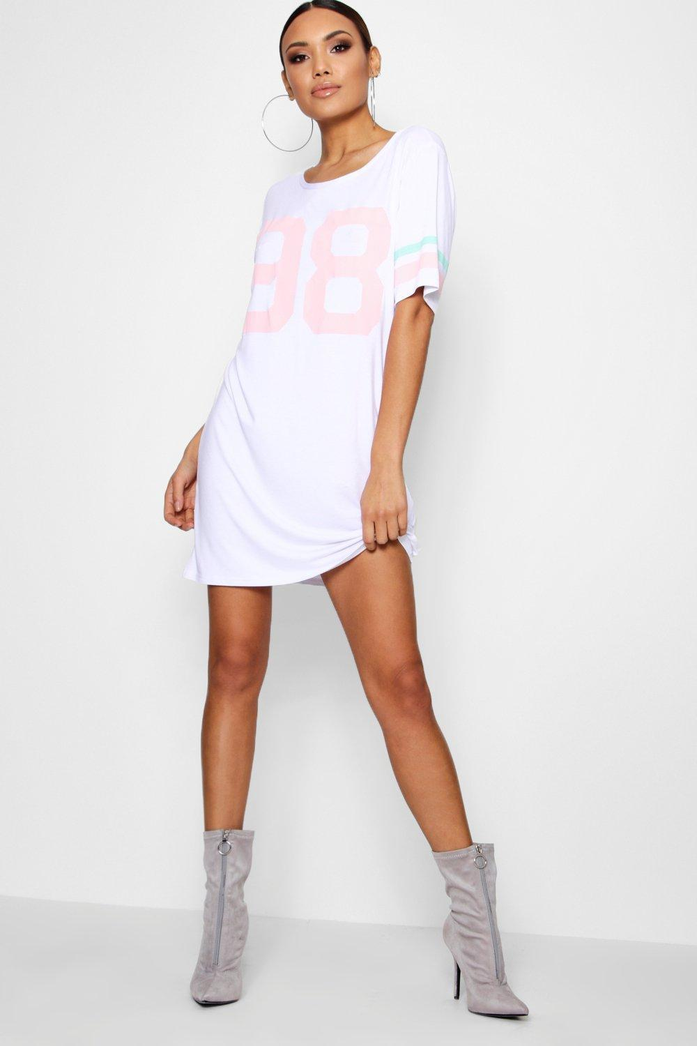 b6733fc601 Gallery. Previously sold at  Boohoo · Women s T Shirt Dresses ...