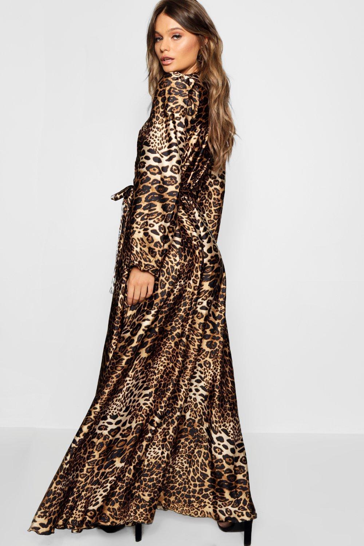 bc6f2489f1c6 Boohoo Leopard Print Satin Maxi Dress in Brown - Lyst