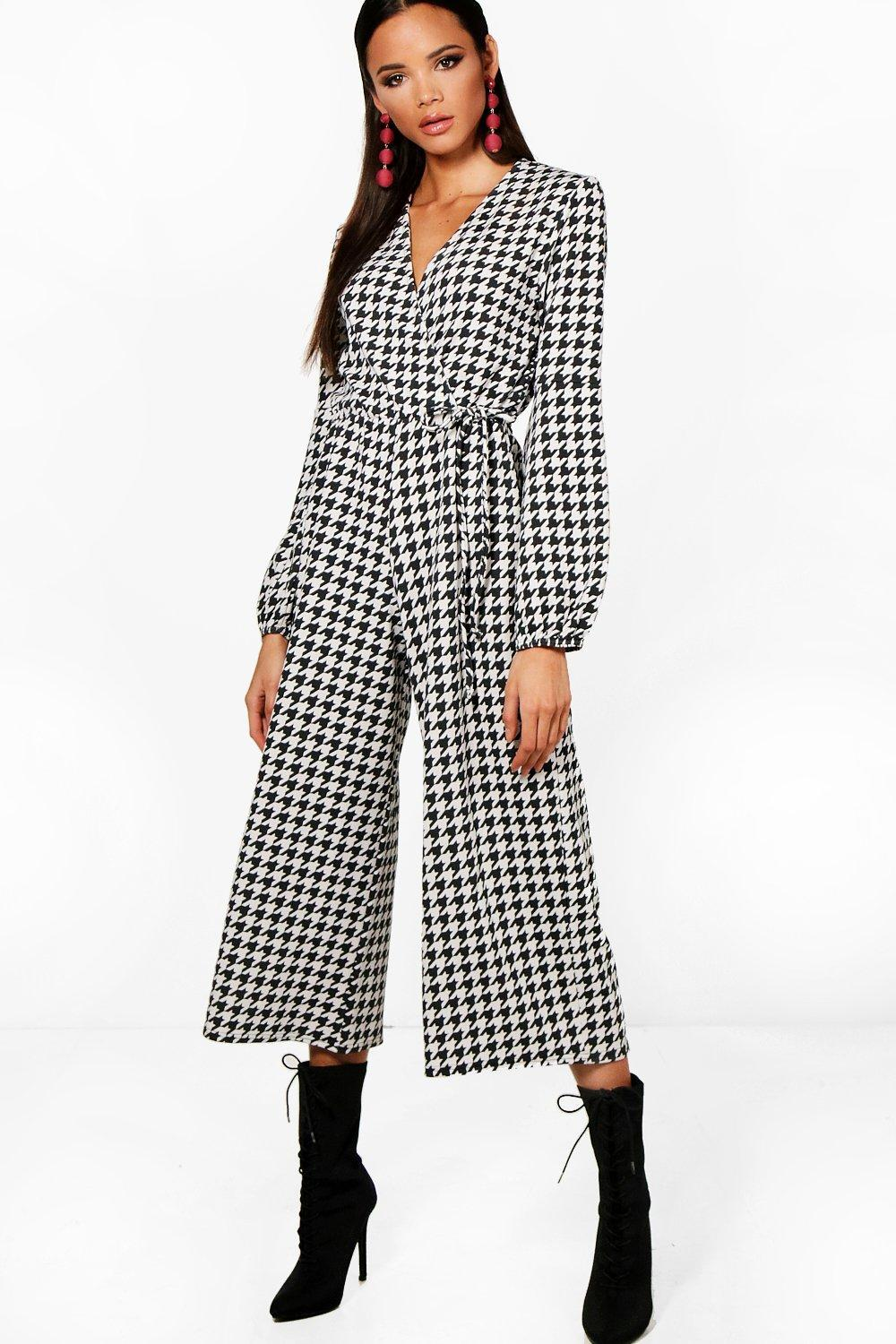 85083d2b126d Boohoo Wrap Balloon Sleeve Dogtooth Culotte Jumpsuit in Black - Lyst