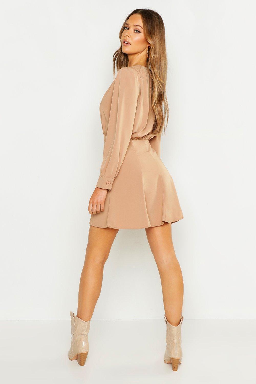 a8e6287b62a Lyst - Boohoo Button Through Volume Sleeve Smock Dress