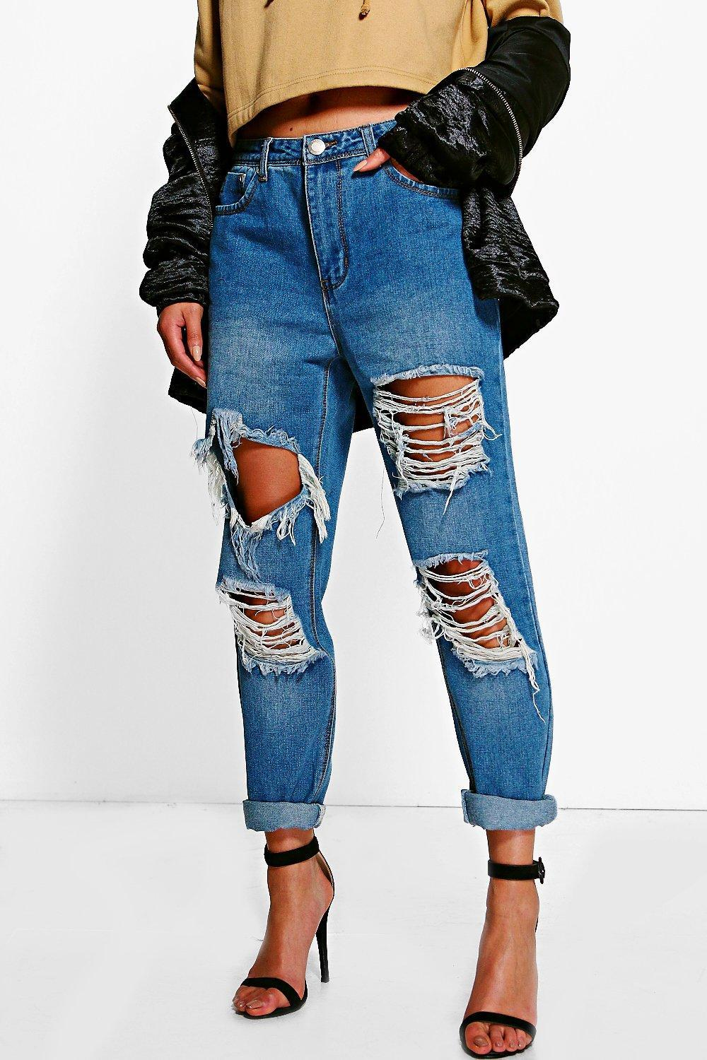 bfbce8030c Lyst - Boohoo Distressed Low Rise Boyfriend Jeans in Blue