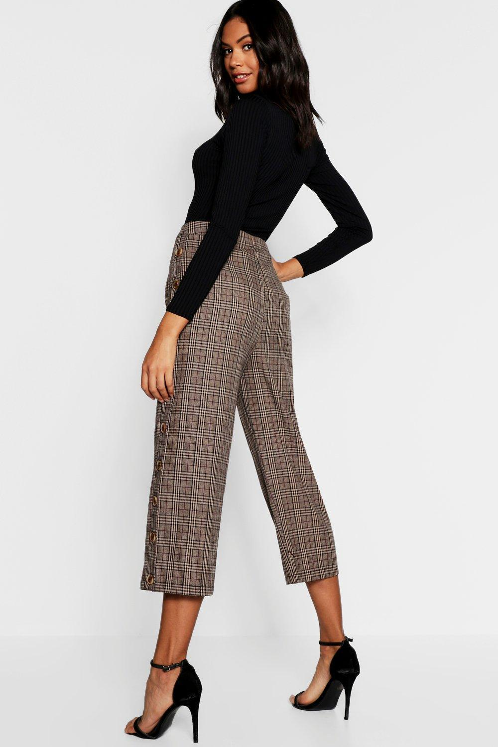 56494857bb19 Boohoo - Brown Check Mock Horn Button Side Culottes - Lyst. View fullscreen