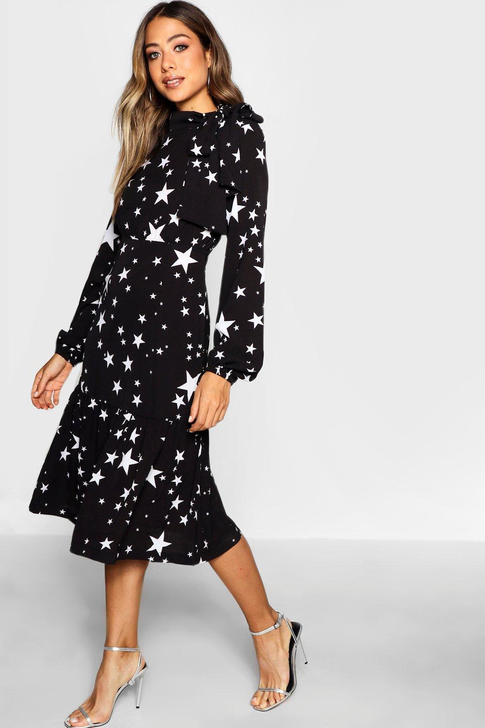 13fafde0687a Boohoo Tie Neck Star Print Midi Dress In Black Lyst