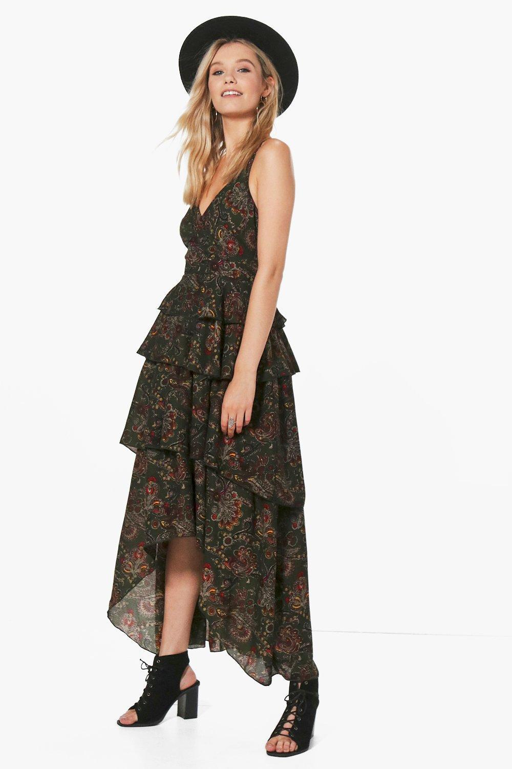 03d22fd413 Gallery. Previously sold at  Boohoo · Women s Tiered Dresses