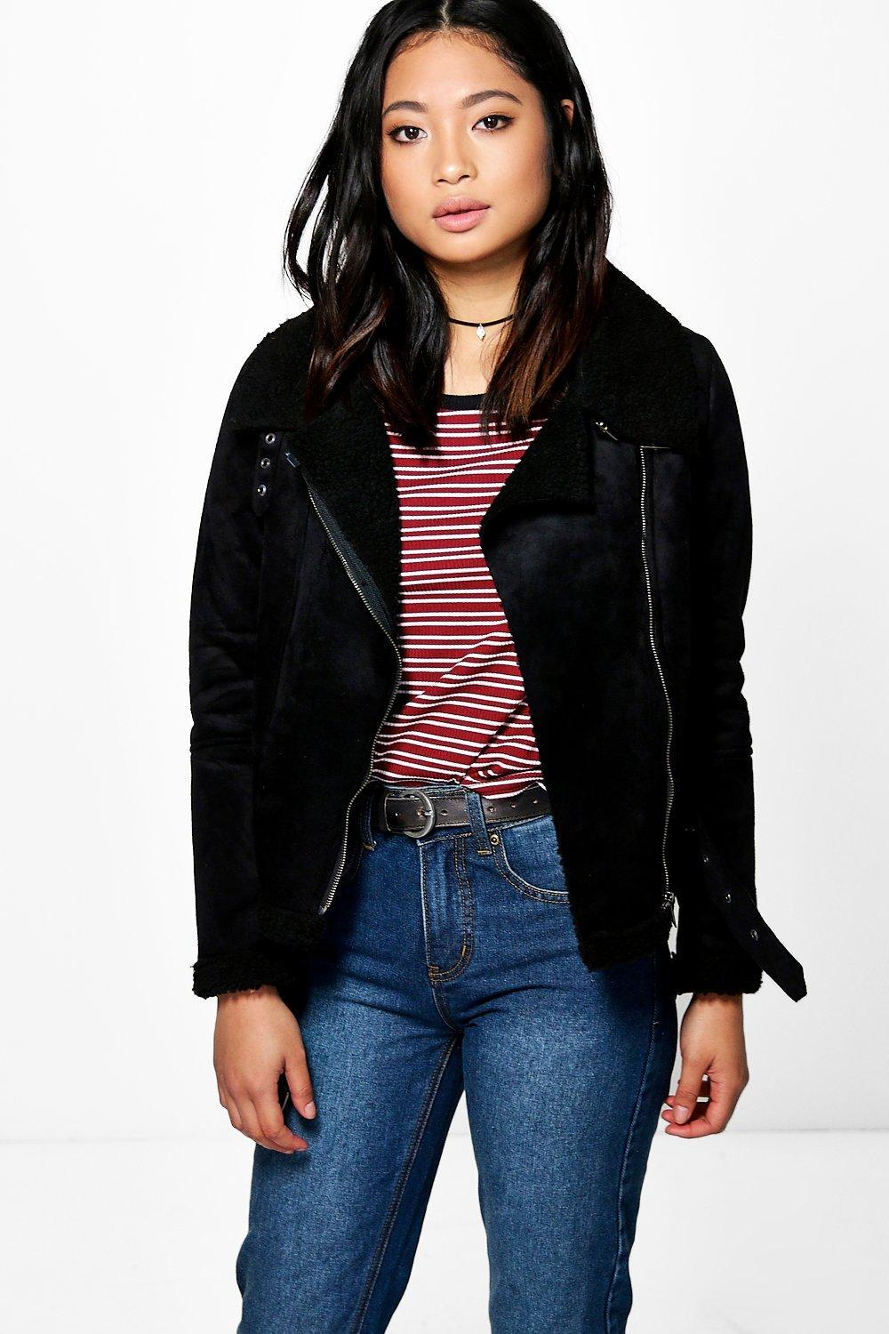 Click here to find out about the Petite Spot Print Cropped Denim Jacket from Boohoo, part of our latest Coats & Jackets collection ready to shop online today!