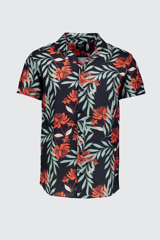 74c1487e BoohooMAN - Black Red Floral Print Short Sleeve Revere Shirt for Men -  Lyst. View fullscreen