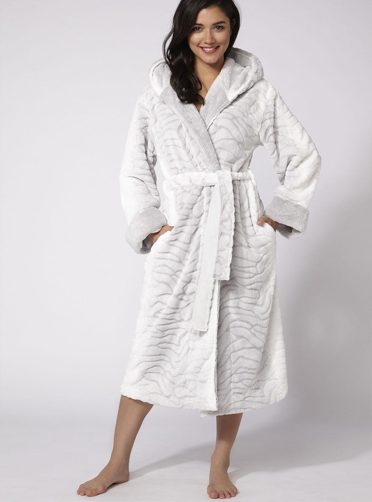 c0724c8f9c Lyst - Boux Avenue Arctic Fox Robe in Gray