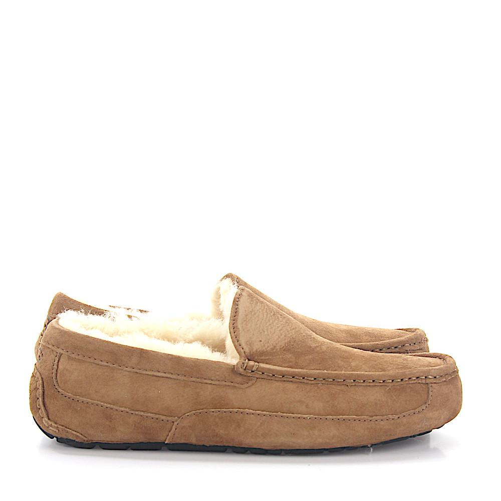 1405248ceb72 Ugg House Slippers Ascot Suede Beige Lamb Fur in Natural for Men - Lyst