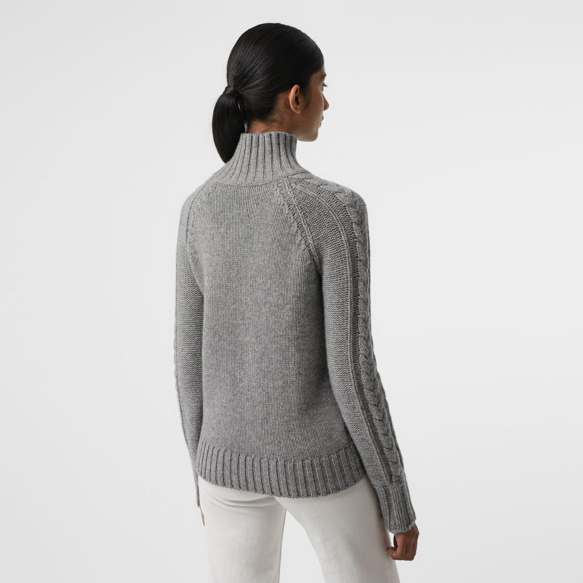 5327240f2 In In In Turtleneck Gray Lyst Cable Cable Cable Sweater Cashmere Burberry  Knit gqnXwO