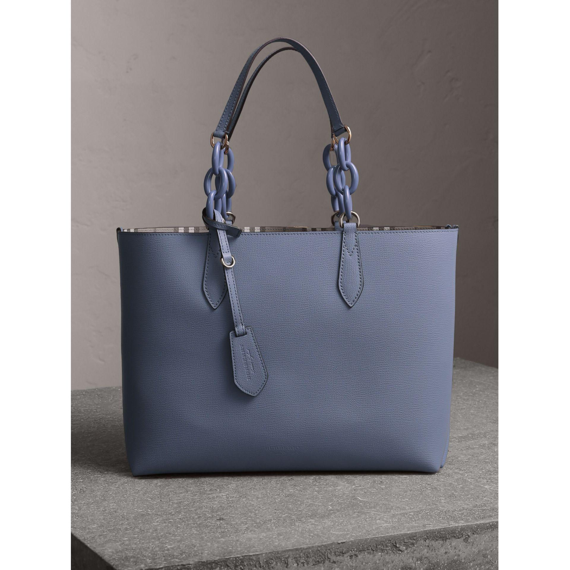 8c65043edb3d Lyst - Burberry The Medium Reversible Tote With Resin Chain In Slate ...