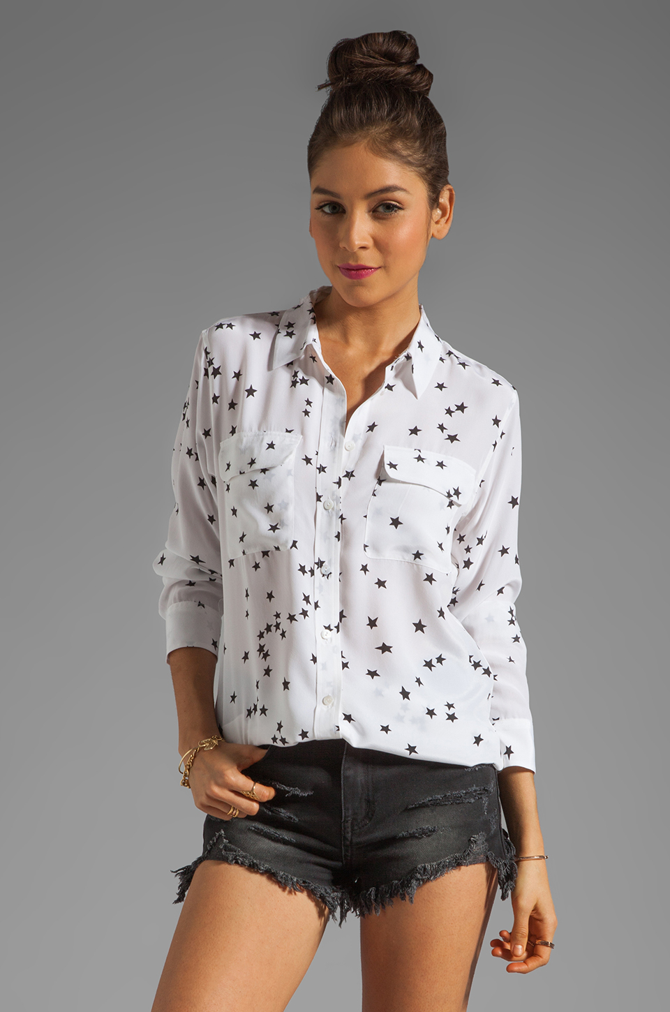 Equipment Slim Signature Star Print Blouse In White Lyst