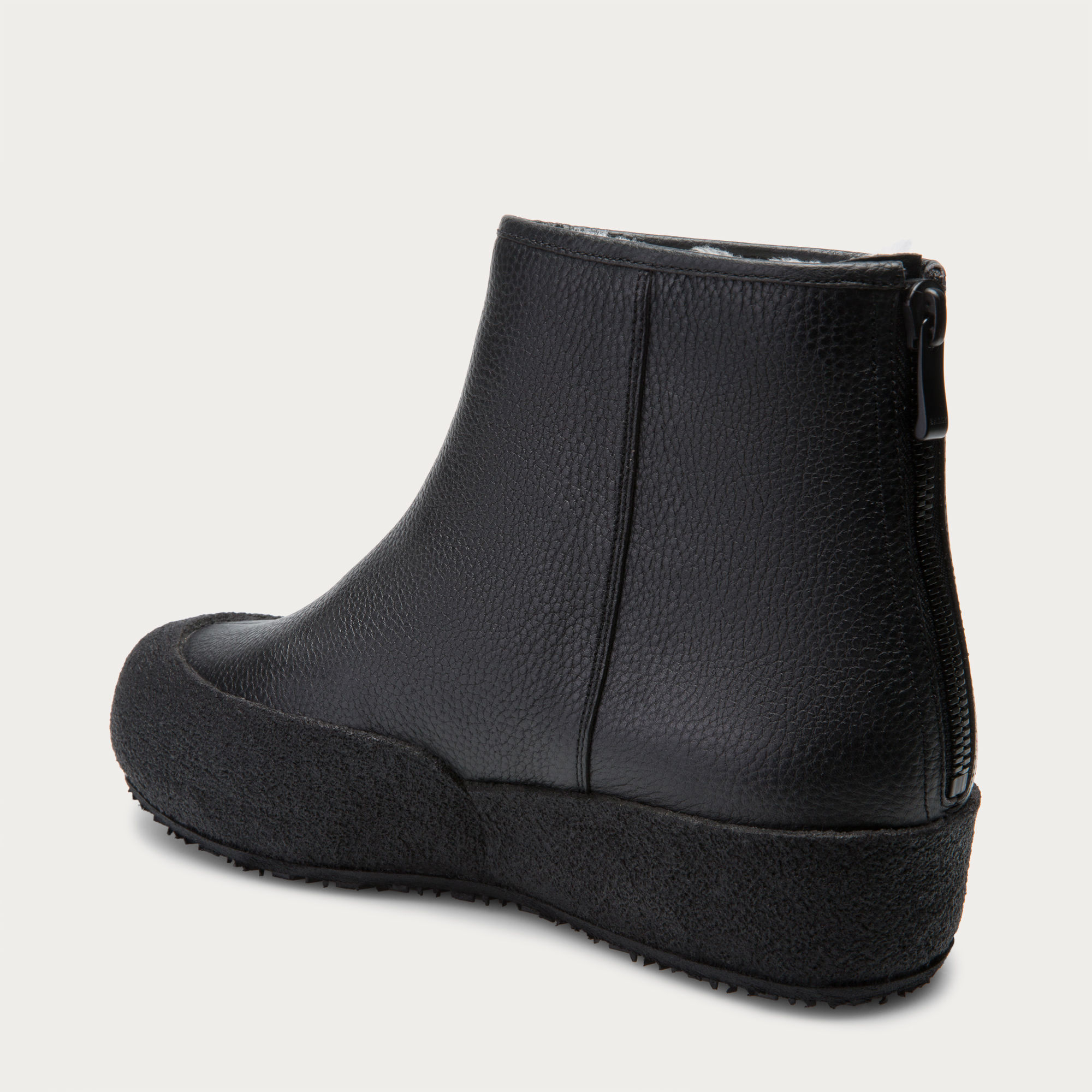 bally curling boots
