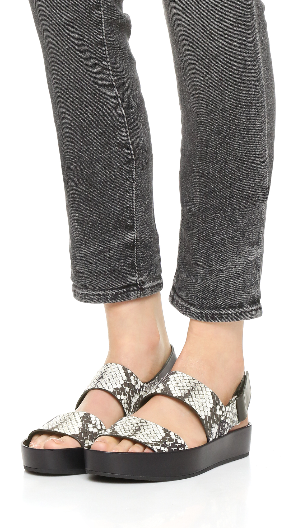 fcdf854f737 Vince Marett Flatform Sandals in Black - Lyst