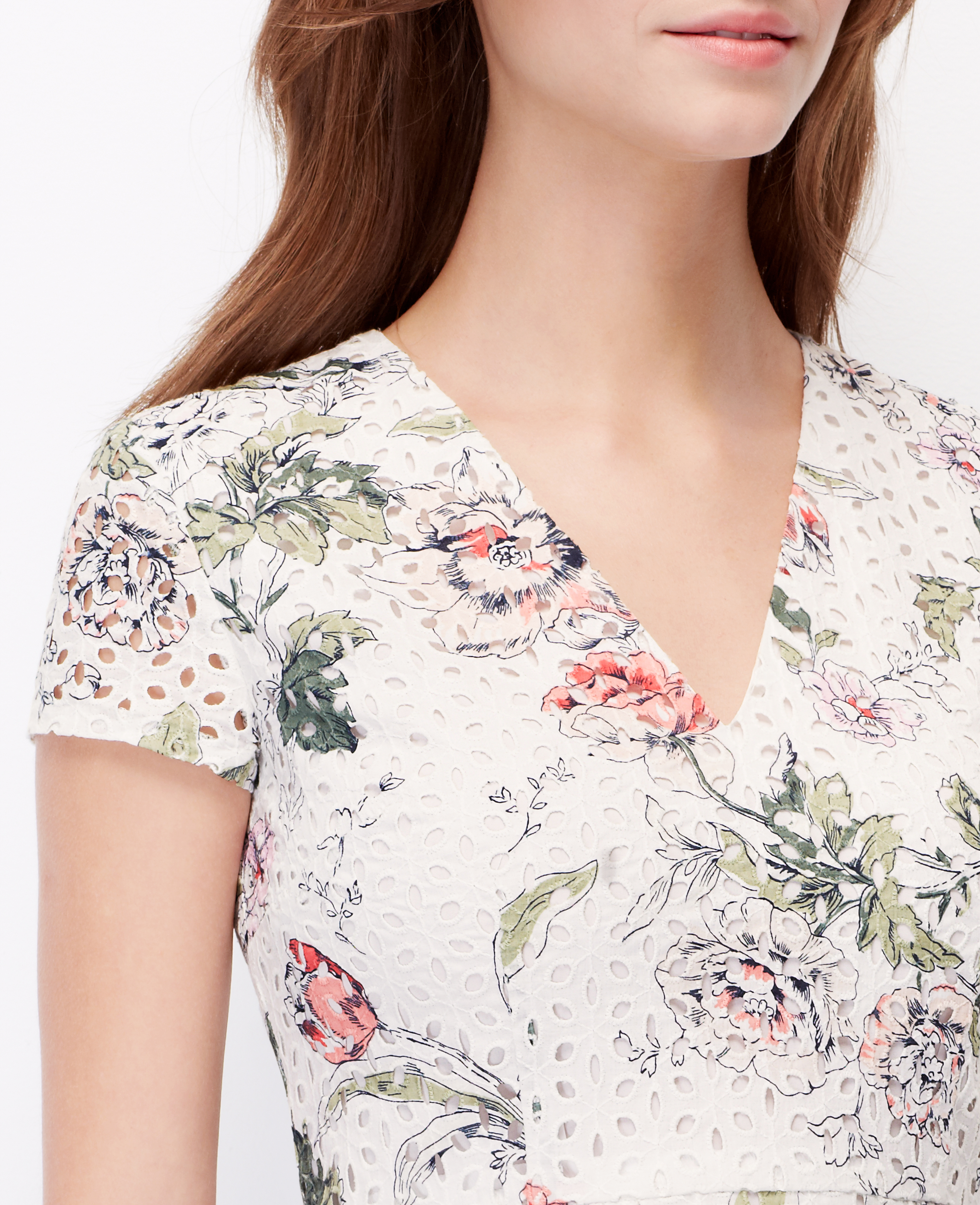 d53a31603d Ann Taylor Petite Floral Eyelet Dress - Lyst