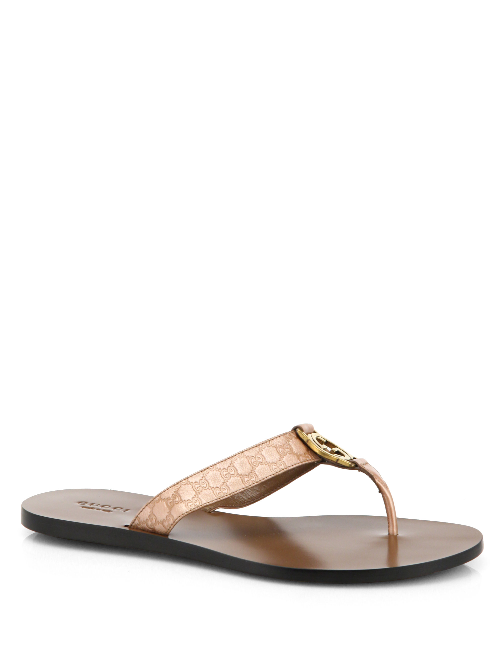 Gucci Gg Patent Leather Thong Sandals in Natural - Lyst aab5bdb0d