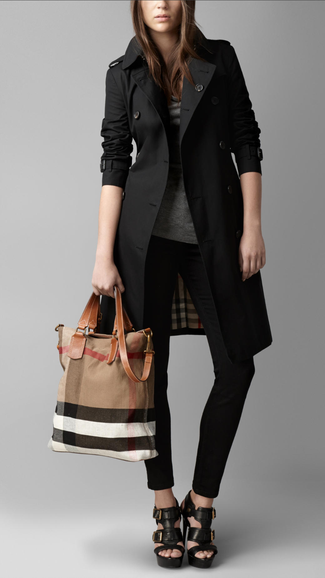 Burberry Medium Canvas Check Tote Bag in Brown | Lyst