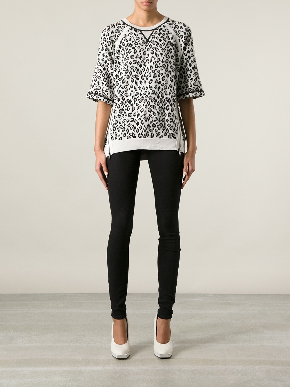 bbb7a1d8861c Marc By Marc Jacobs Zip Detail Leopard Print Sweater in Gray - Lyst