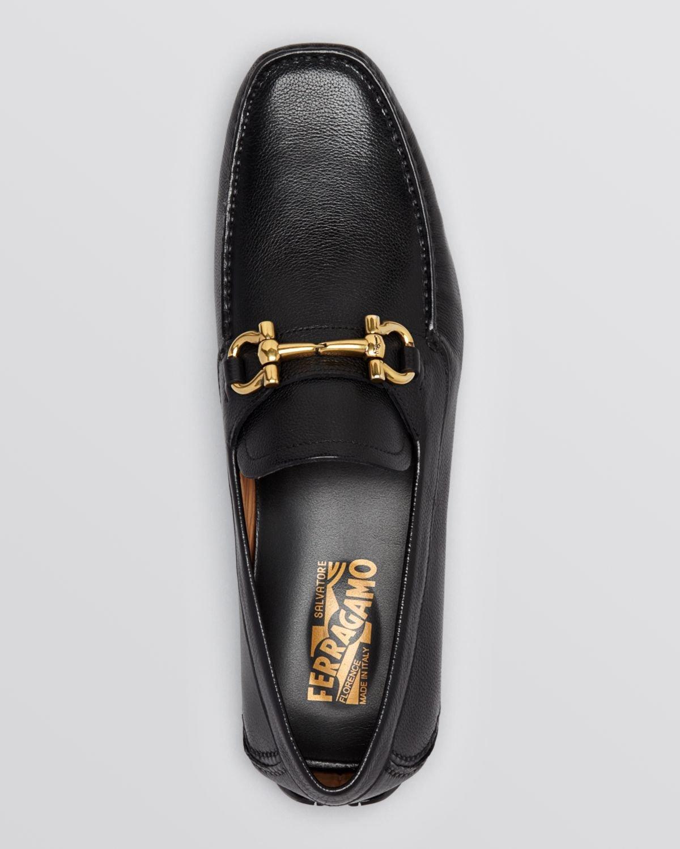 74390cd06da Lyst - Ferragamo Parigi Pebbled Leather Driving Loafers in Black for Men