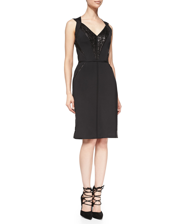 V Neck Black Lace Cocktail Dress 111