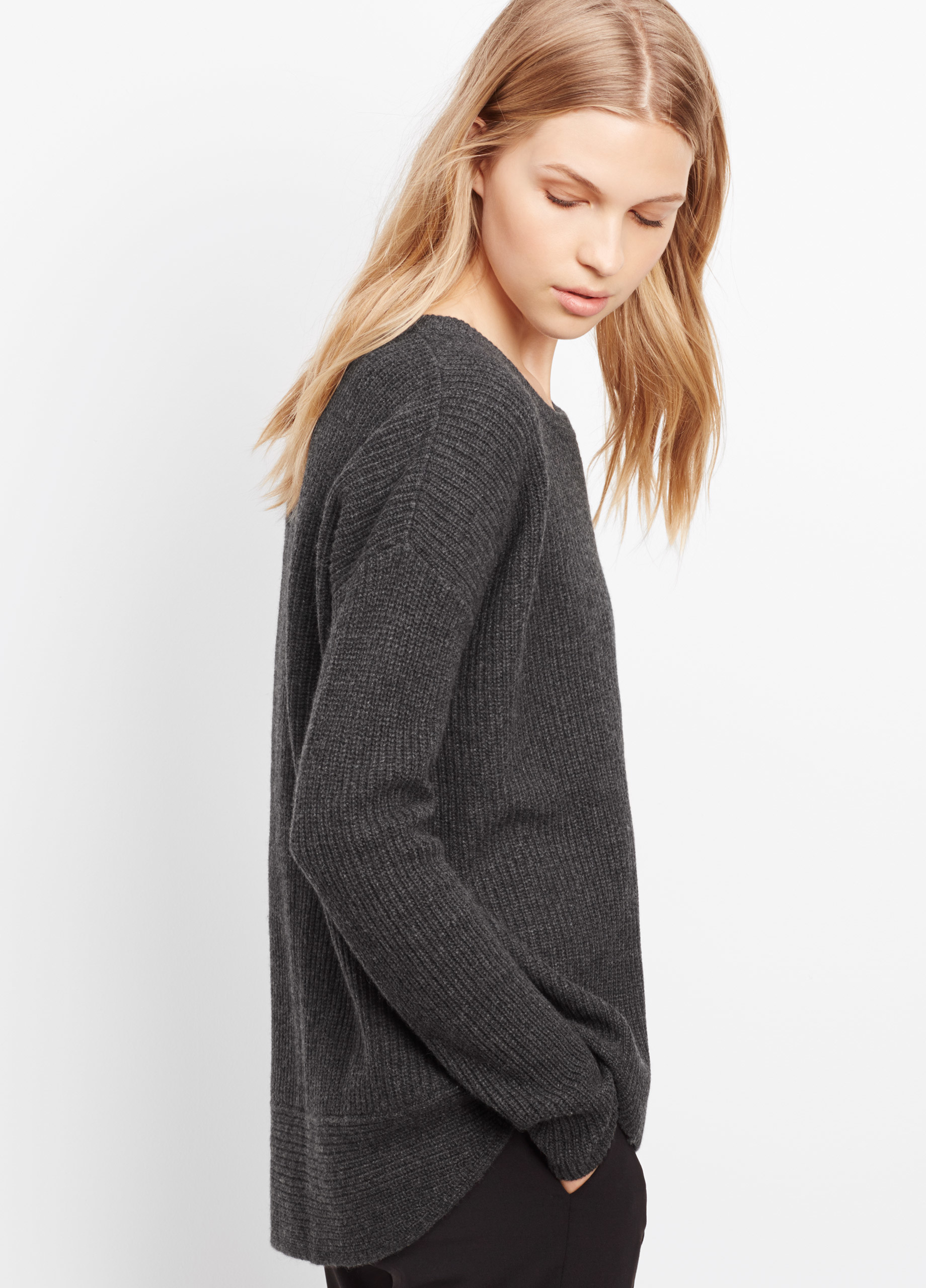 Vince Cashmere Ribbed Crew Neck Sweater in Gray | Lyst