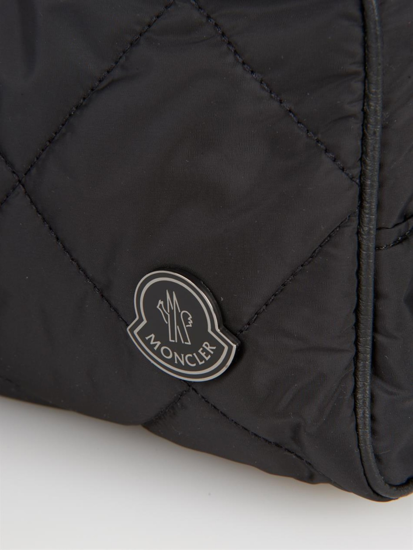 Moncler Quilted Nylon Washbag in Black for Men - Lyst 14cd6a09ed1e5