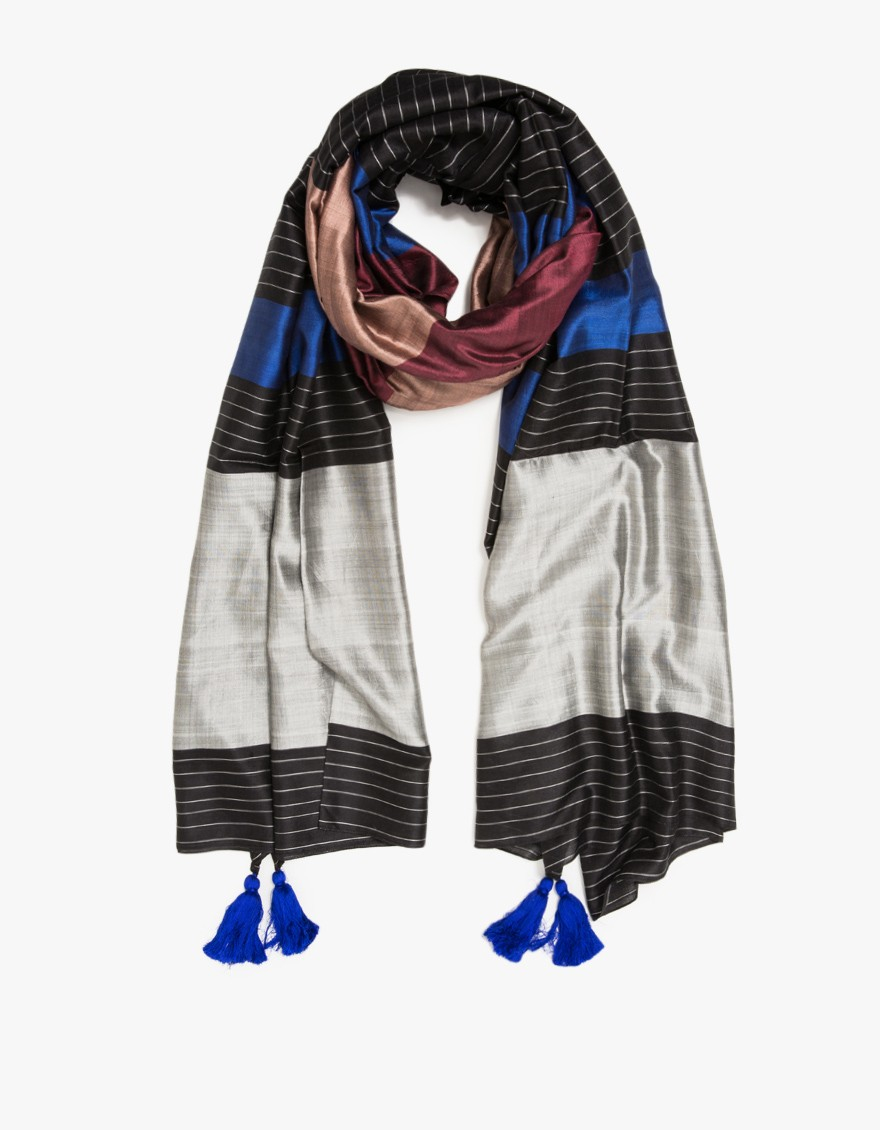 a peace treaty tomsa scarf in black lyst