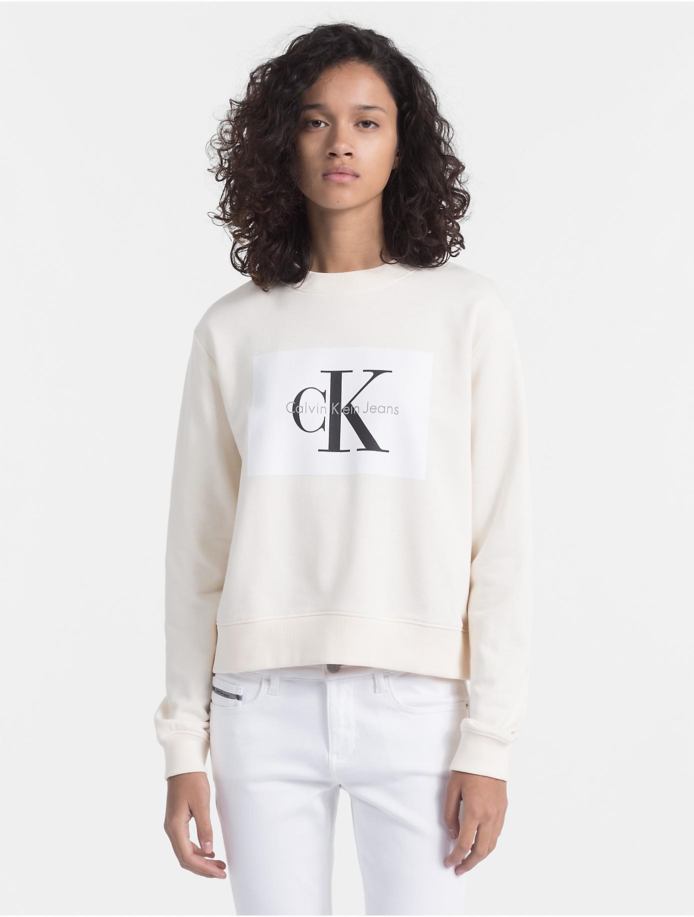 Logo White Calvin Klein Block Lyst Monogram In Sweatshirt pCtxqf