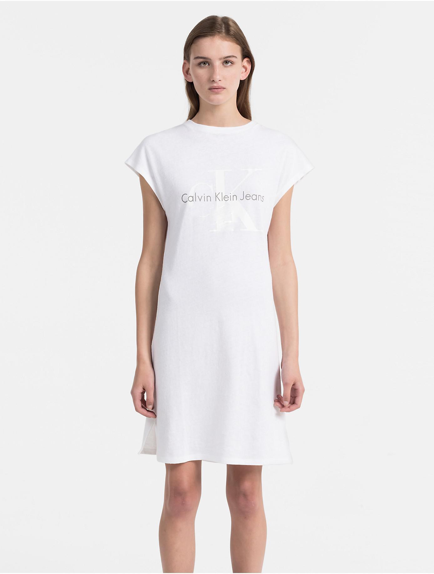 Lyst - Calvin Klein 205W39Nyc Monogram Logo T-shirt Dress in White 78f4f65336