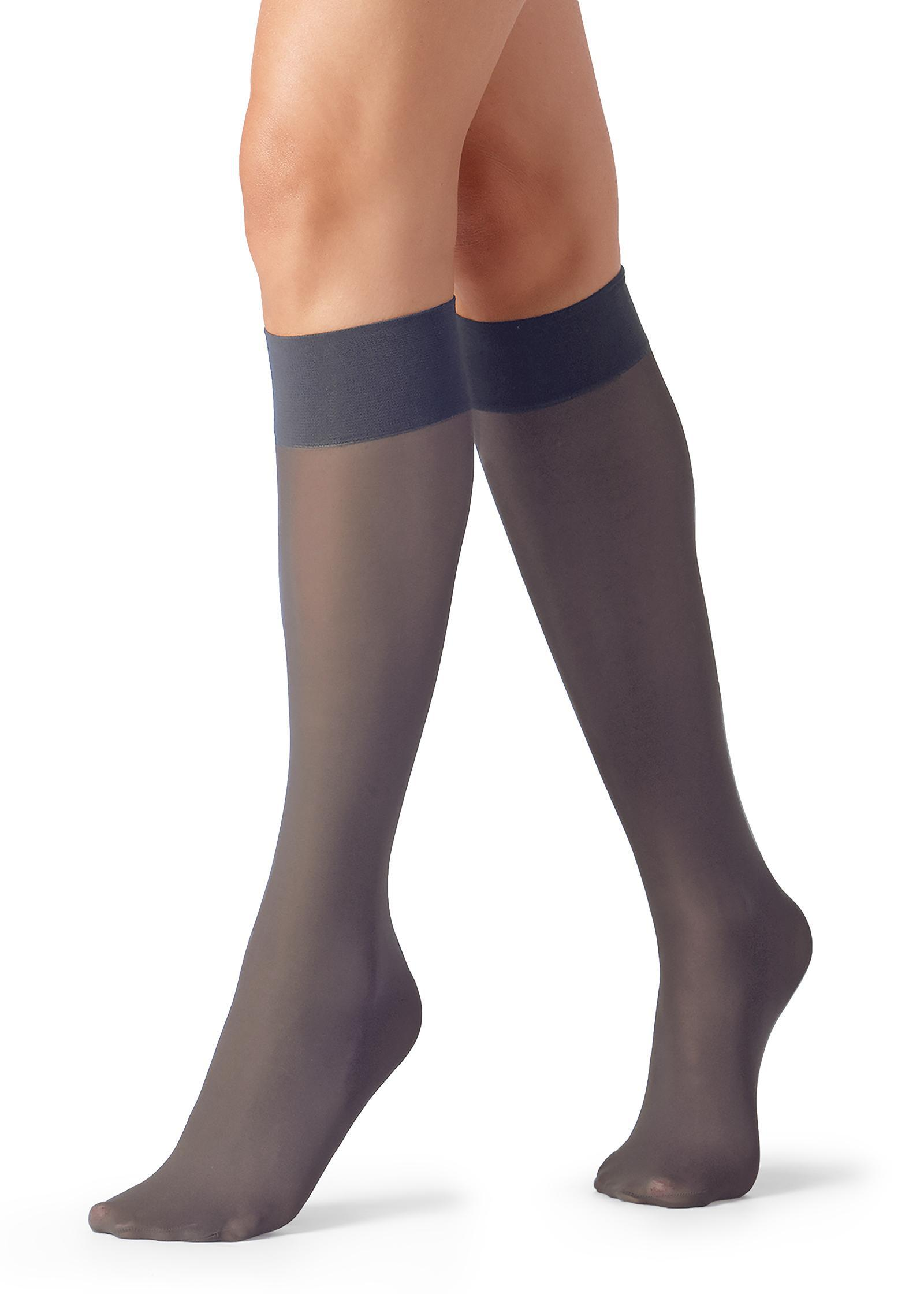 48a2aed89 Lyst - Calzedonia 30 Denier Semi Opaque Microfiber Knee-highs in Gray