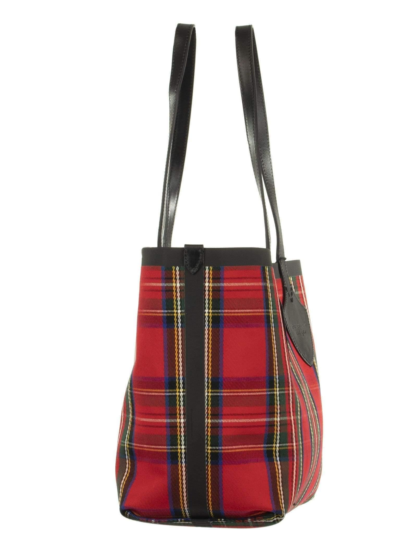 0f8acdef2b3d Burberry - Red The Medium Giant Reversible Tote In Vintage Check - Lyst.  View fullscreen