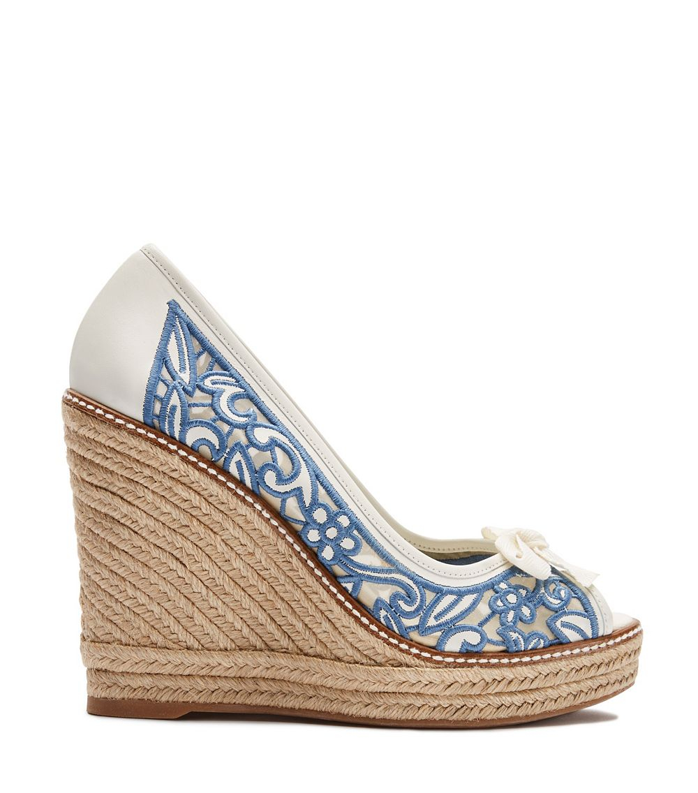 9609cdc86104 Tory Burch Lucia Lace Peep-Toe Wedge Espadrille in White - Lyst