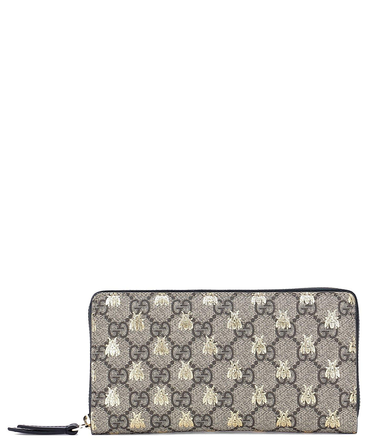 bea6d8bf0f0140 Lyst - Gucci GG Supreme Wallet in Metallic