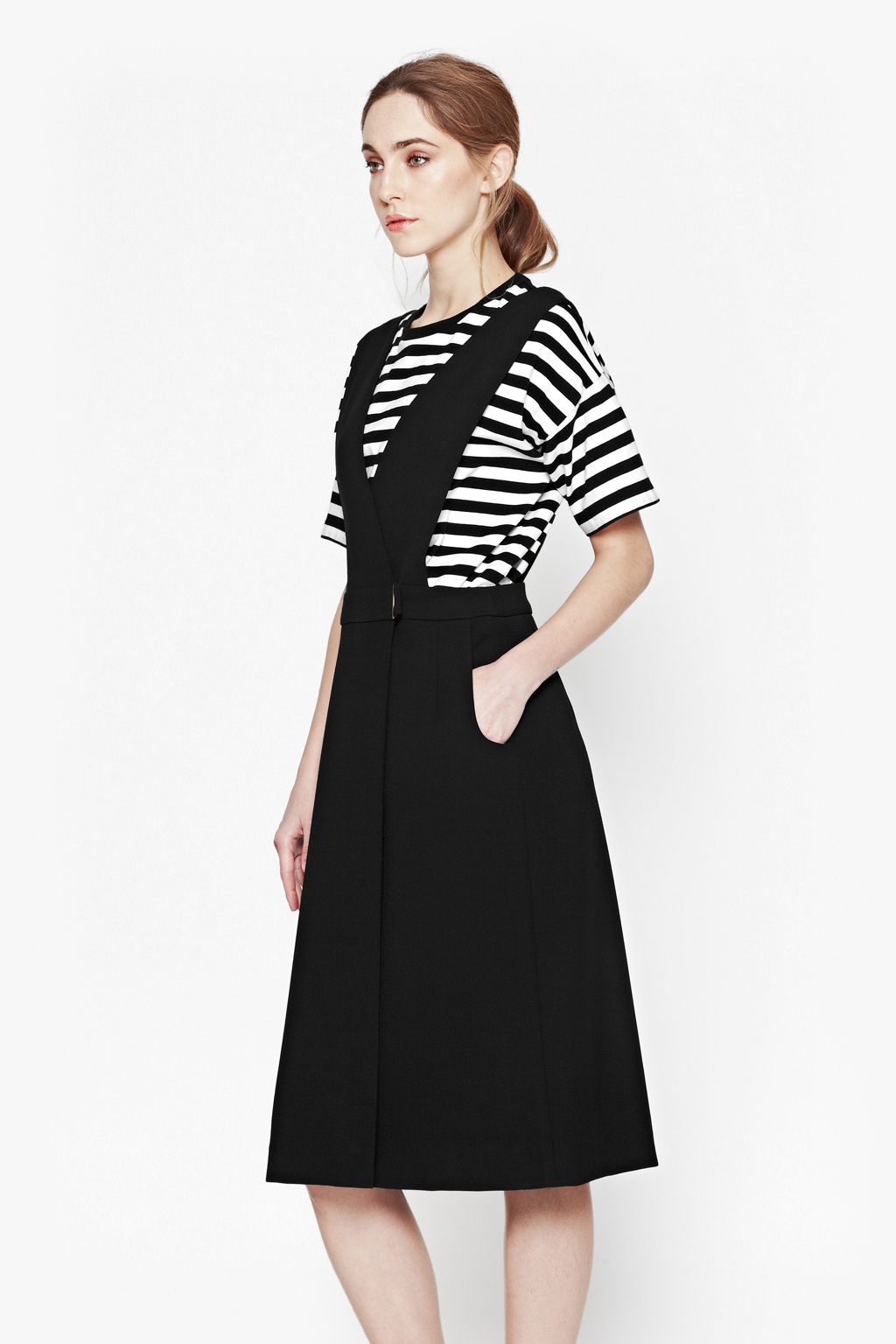 dbebaaeb1506 French Connection Sundae Suiting Pinafore Dress in Black - Lyst