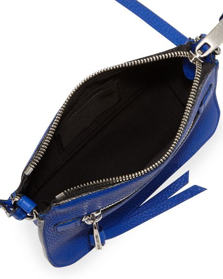 Marc Jacobs Big Apple Pochette Crossbody Bag Royal in Blue (ROYAL)