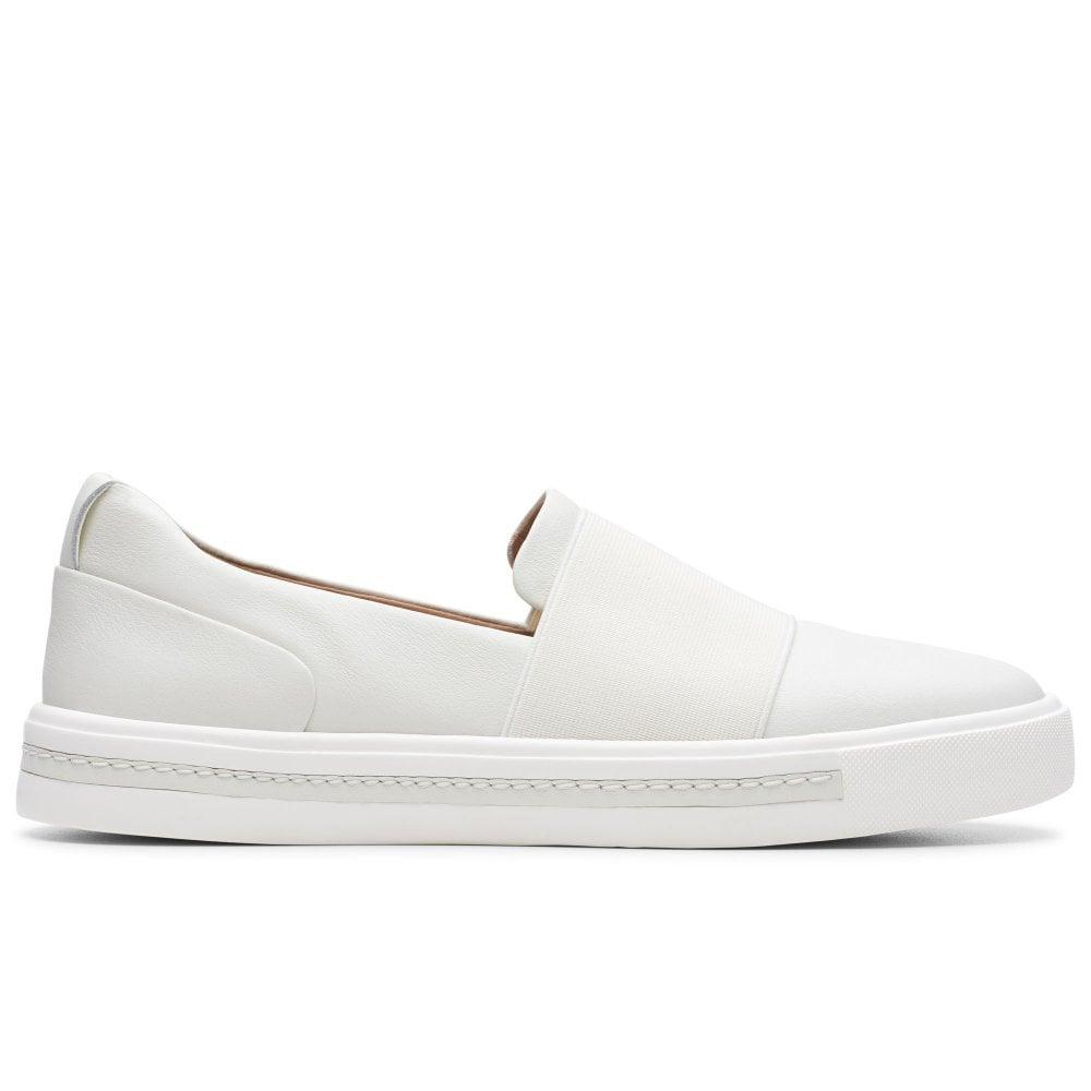 946aad6097 Clarks Un Maui Step Womens Slip On Sports Shoes in White - Lyst