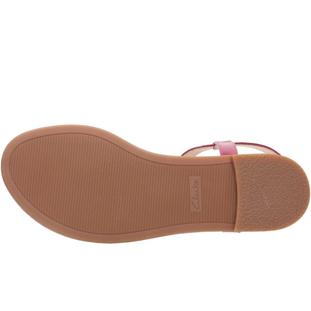 3d920c92d7a97 Clarks Bay Blossom Womens Patent Sandals - Lyst