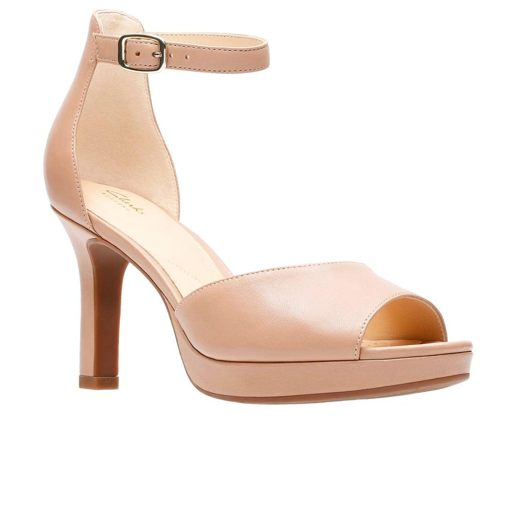 2ccf2559e2f Clarks Mayra Dove Womens High Heels in Natural - Lyst