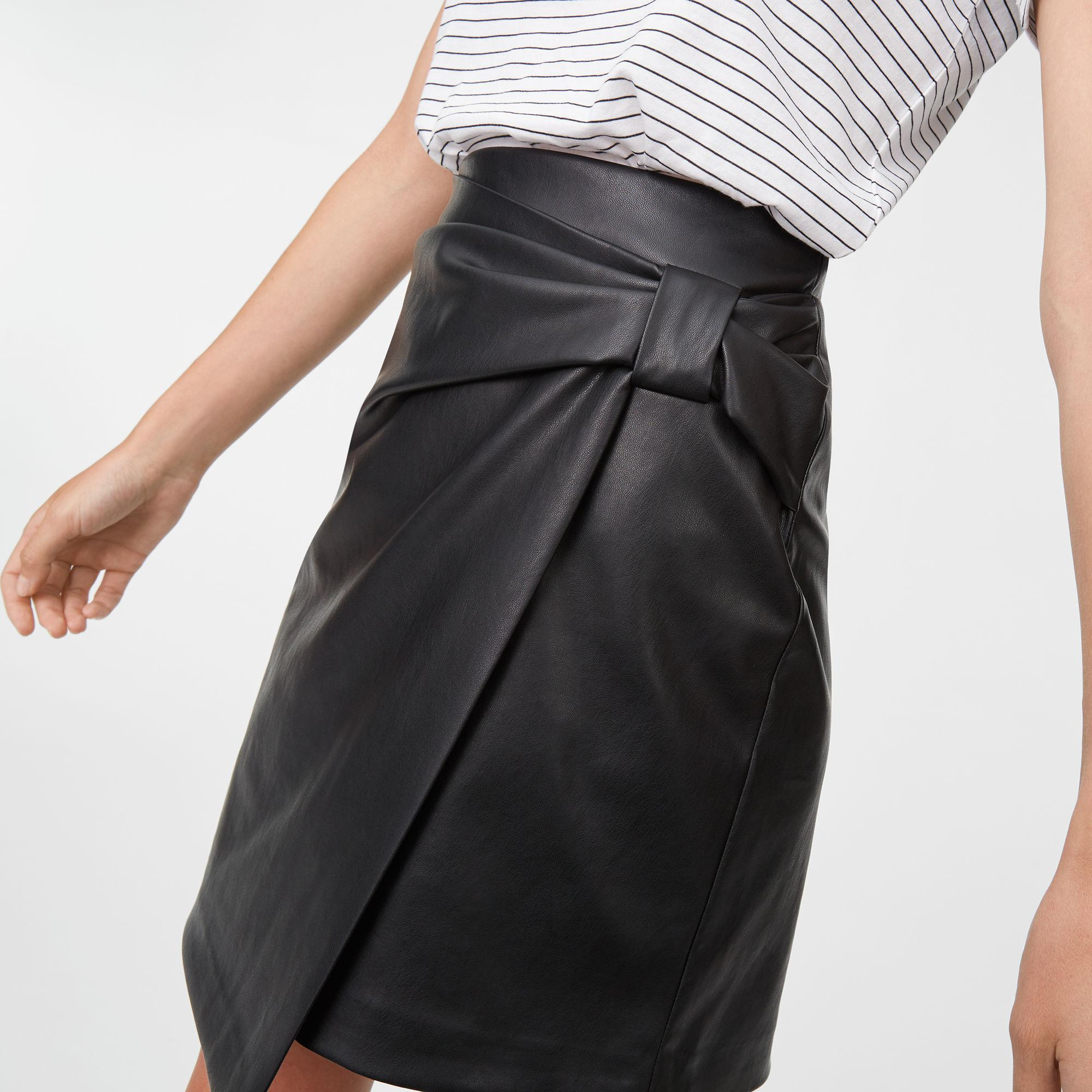 a32465c69b Club Monaco Chavelle Faux Leather Skirt in Black - Lyst