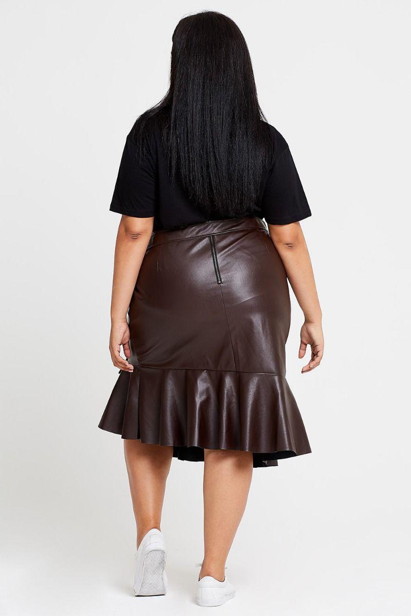 56e2d0e4fe Elvi Pose Faux Leather Asymmetrical Skirt in Black - Lyst
