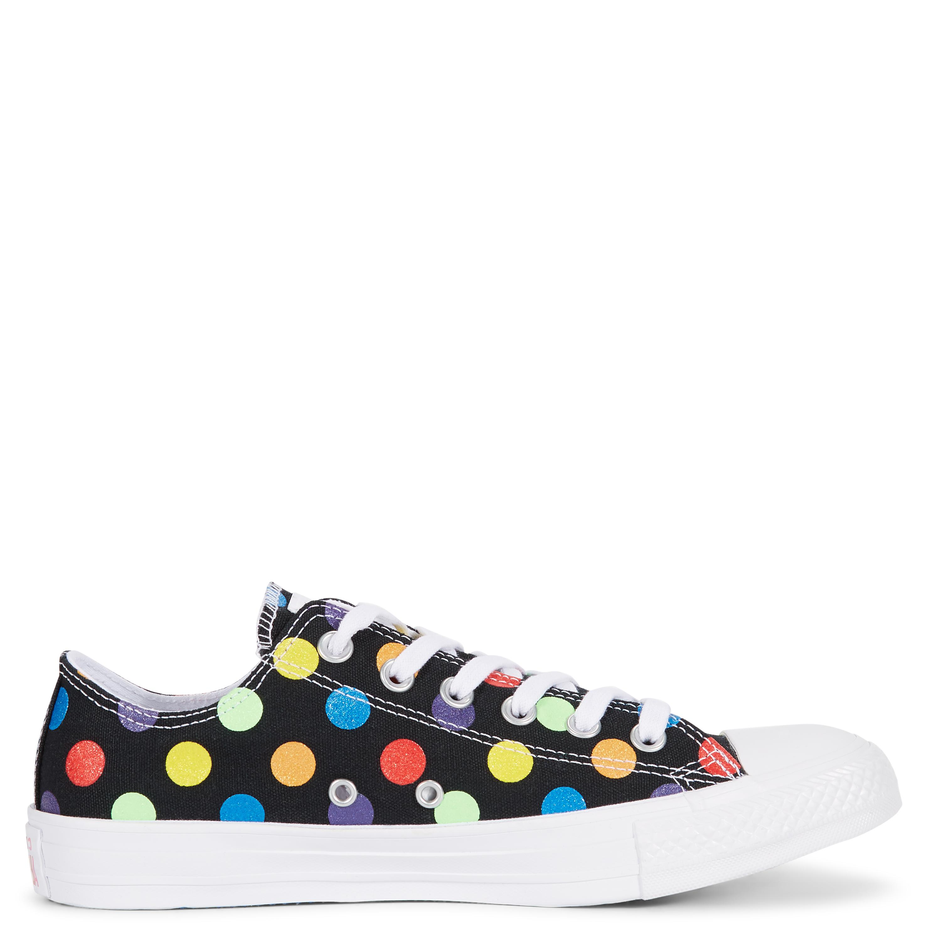 f55b3084fec Gallery. Previously sold at  Converse · Women s Converse Chuck Taylor ...