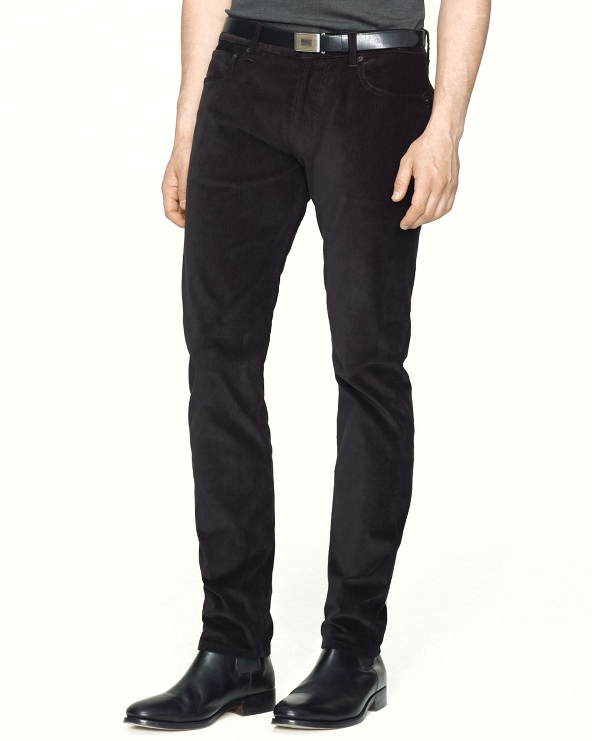 A great pair of black corduroy pants look fantastic at work, on dates, during casual parties and for a number of other functions. Corduroys are a vital part of men's pants, and there are many options for women's and juniors as well.