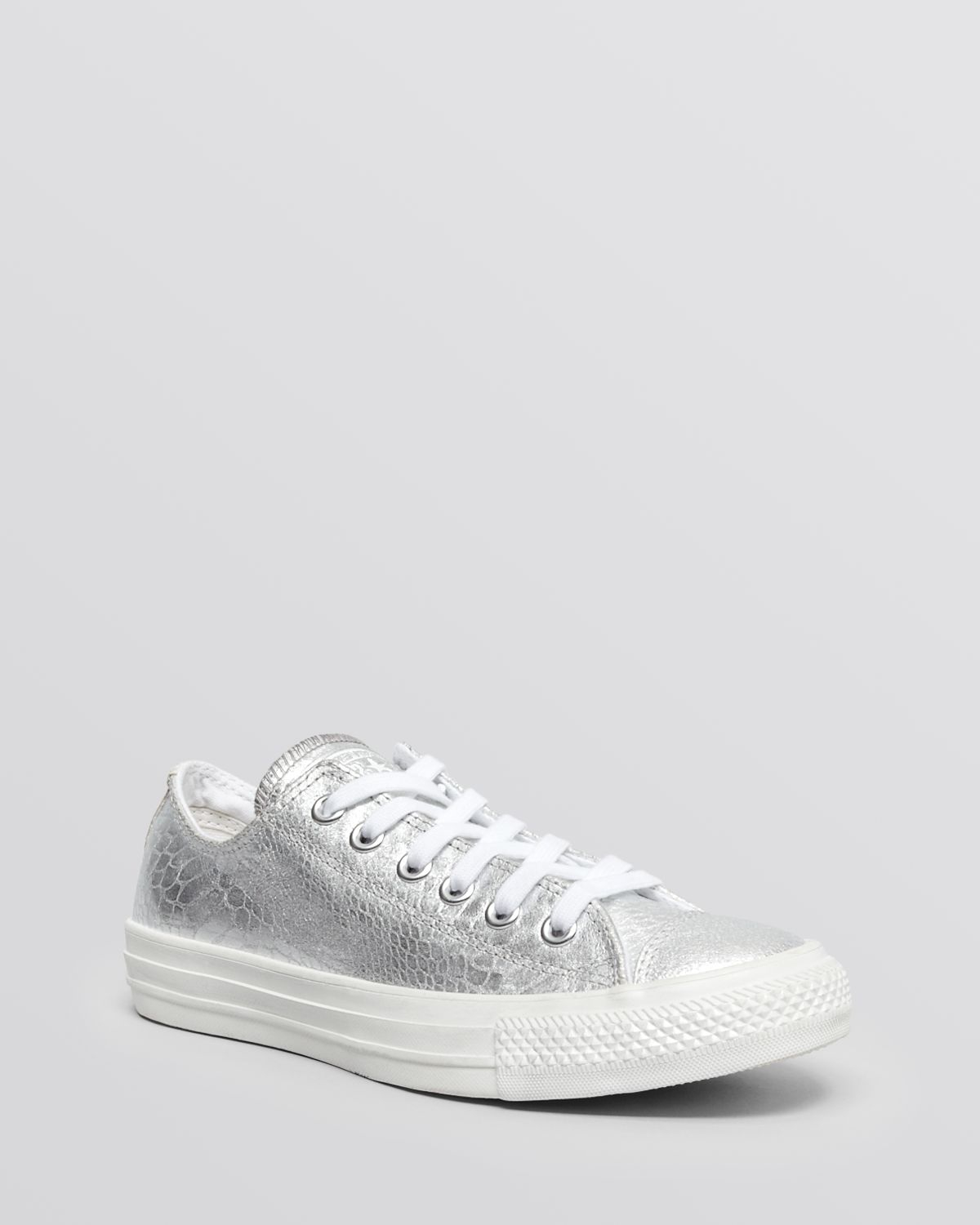 7fa979045832 Gallery. Previously sold at  Bloomingdale s · Women s Converse Chuck Taylor  ...
